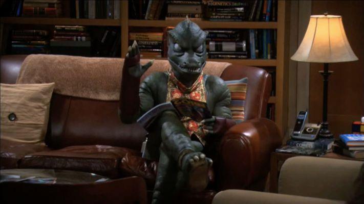 A Gorn sitting in Sheldon's spot.