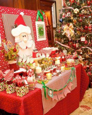 red santa buffet