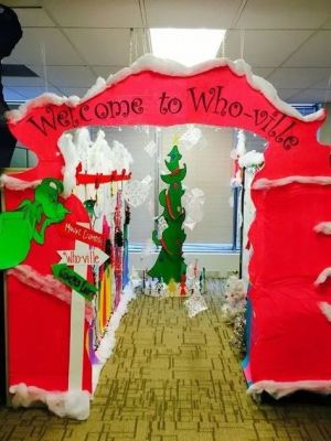 whoville cubicle