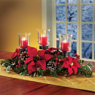 poinsettia table setting