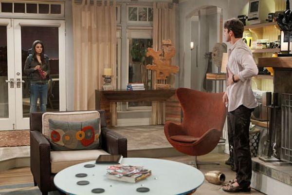 2 half men living room