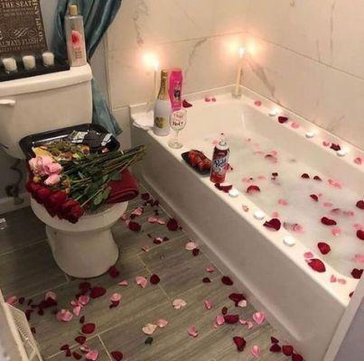bathroom valentine