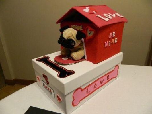 pug house box