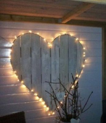 yellow heart light