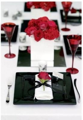 black red table