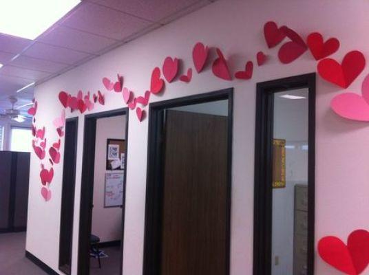 wall heart office