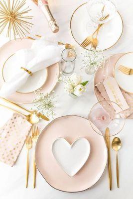 pastel valentine table