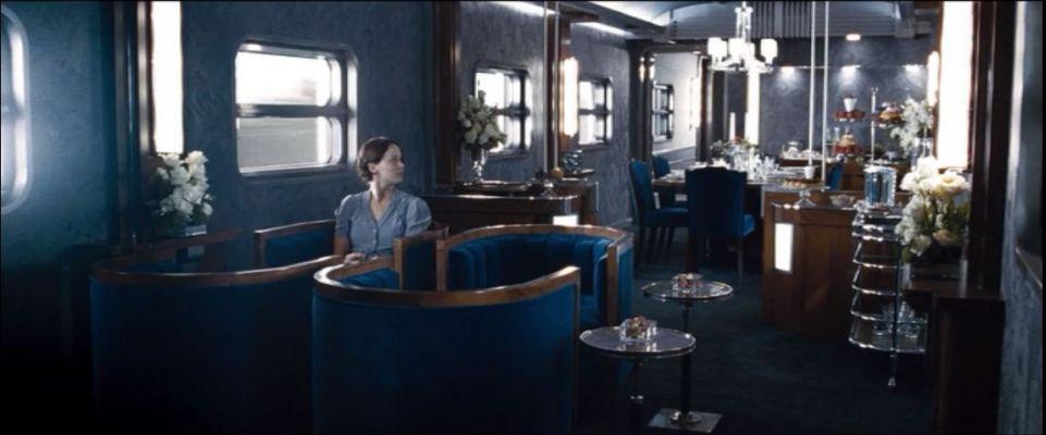 Katniss in tribute train