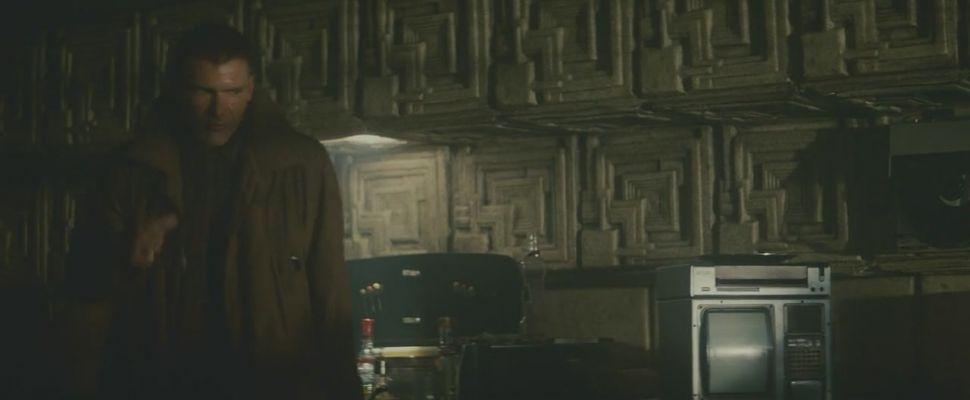 Rick Deckard in his apartment