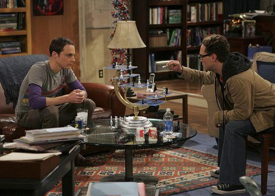 Sheldon and Leonard playing 3-tiered chess.