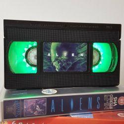 Retro VHS Lamp – Alien Night Light