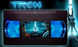 Tron Legacy (2010) – Retro 80s VHS Lamp